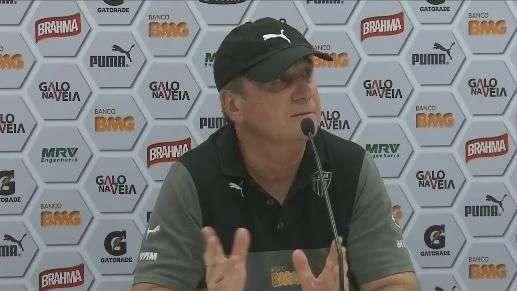"""Levir Culpi enaltece postura em BH: """"mais ofensivo, não dá"""""""