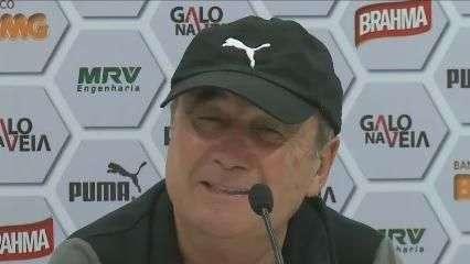 """Levir elogia Tardelli e brinca: """"problema é que se veste mal"""""""