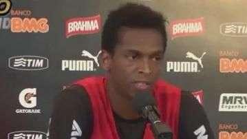 "Vai complicar! Jô acha pior enfrentar Corinthians ""turbulento"""