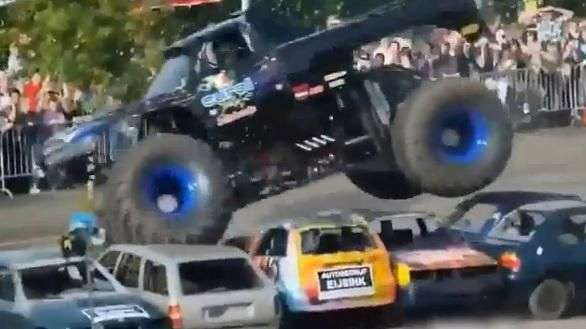 "Tragedia: brutal accidente con ""Monster Truck"""