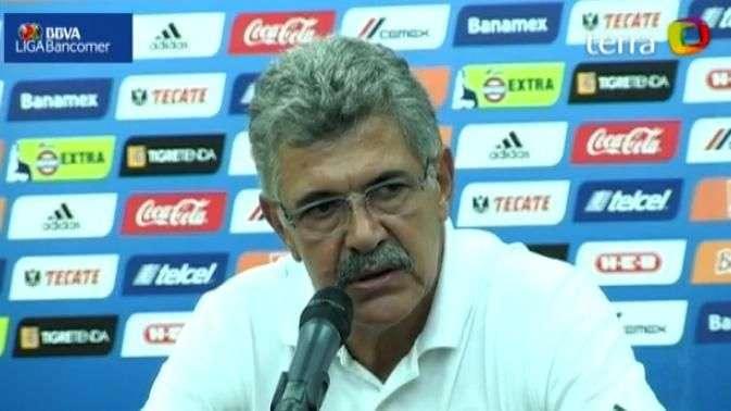"""""""Tuca"""" Ferretti se lamenta por imprecisiones de Tigres en empate ante Santos"""