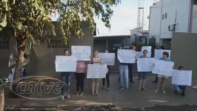 Famílias de presos da carceragem da 20ª SDP realizam protesto