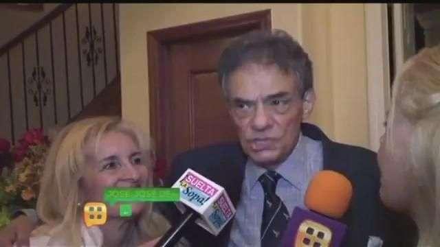 José José desmiente embarazo de su hija Sarita
