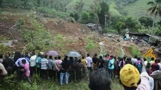 Cien enterrados vivos por alud en Sri Lanka