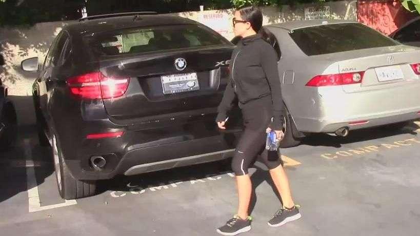 El secreto de Kim Kardashian para acentuar su cintura