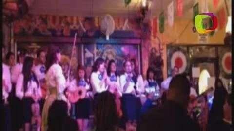 LA: Pretenden recuperar raíces latinas con mariachis