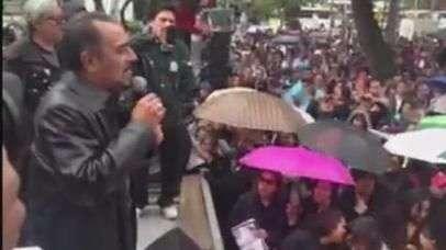 Telefonistas protestan en el Senado por caso Ayotzinapa