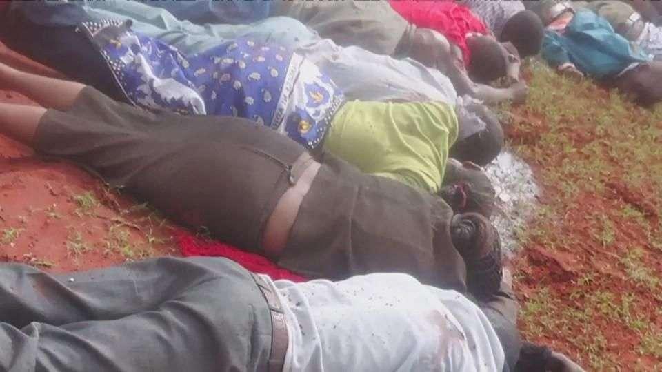 Islamistas shebab ejecutan en Kenia a 28 pasajeros de un...