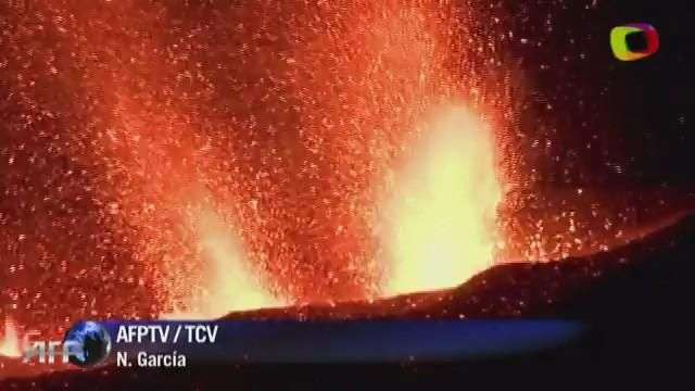 Lava de Pico do Fogo sepulta poblaciones