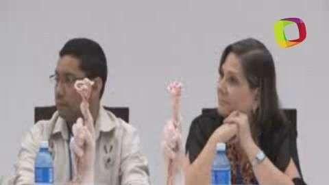 Negociadores del Gobierno y las FARC plantan árbol por ...