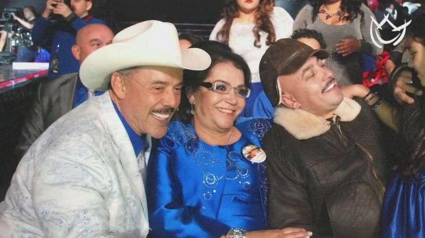 Pedro Rivera te cura la resaca como a Lupillo