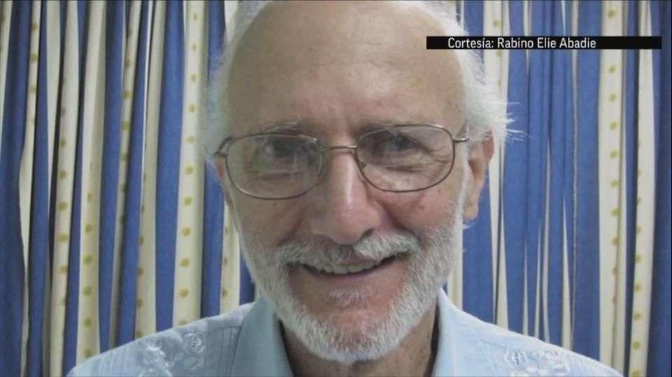 Cuba libera a Alan Gross a cambio de 3 presos cubanos