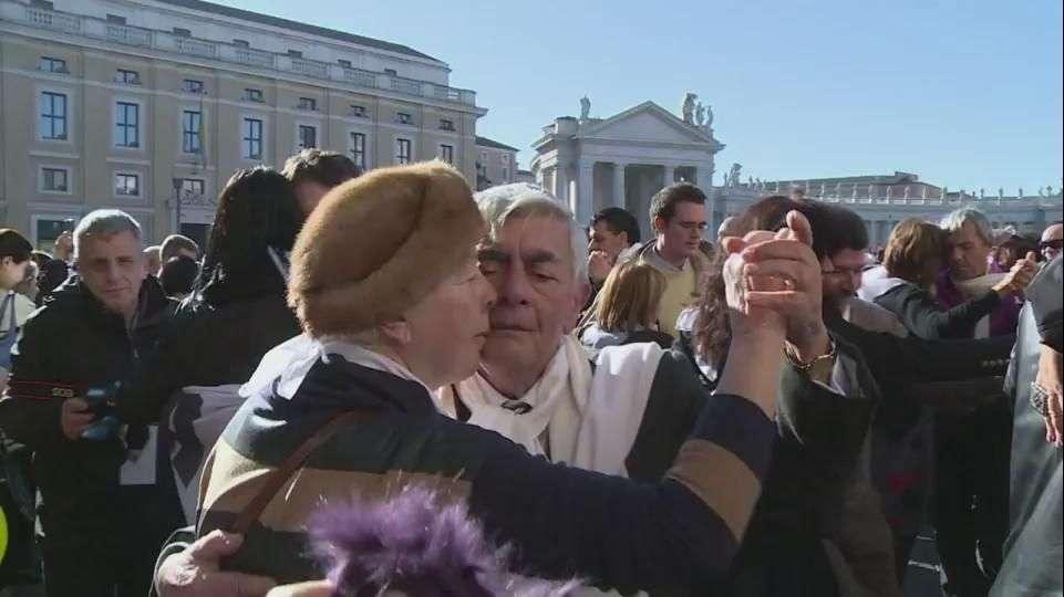 Un tango para el Papa por su cumpleaños