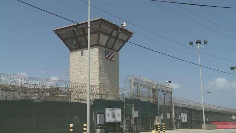 Repatrian 4 afganos de Guantánamo