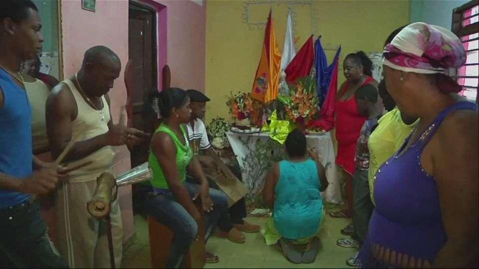 Santeros y católicos dan gracias por reconciliación Cuba-EU