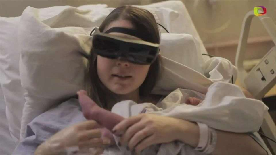 Madre ciega logra ver a su bebé