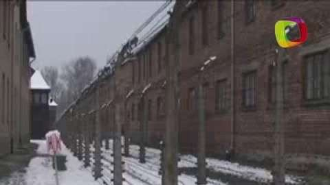 Sobrevivientes marcan el 70 aniversario de Auschwitz