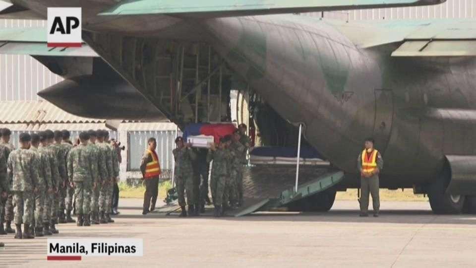 Los cuerpos de 42 de 44 oficiales que murieron en ...
