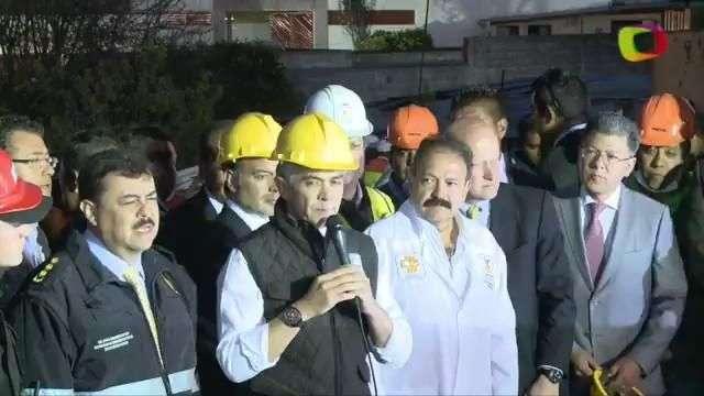 Mancera recorre zona de explosión en hospital de Cuajimalpa