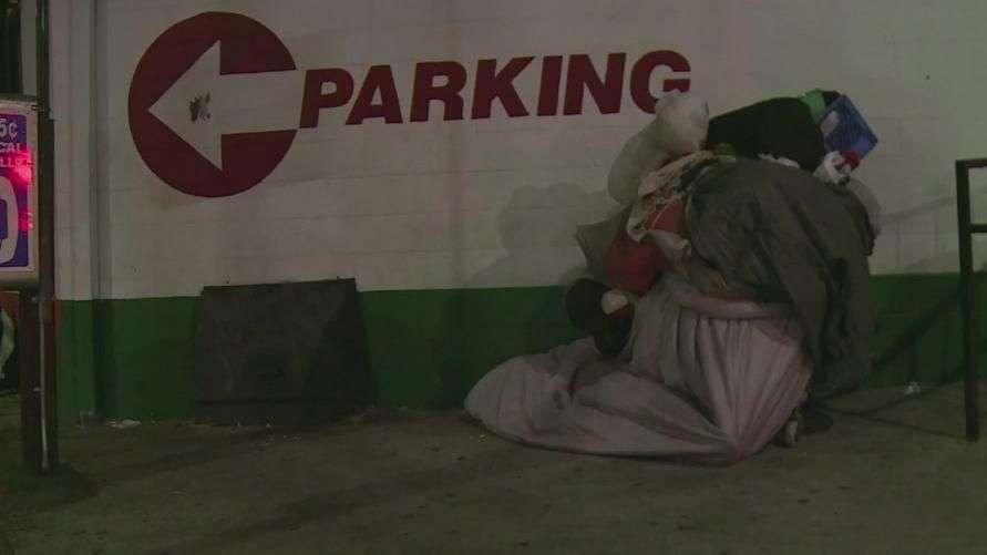 Los Ángeles hace conteo de personas en situación de calle