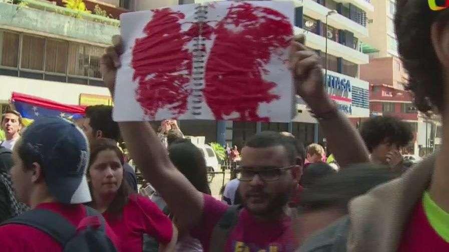 Venezuela: Protesta por muerte de adolescente