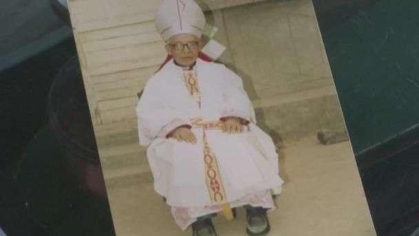 China confirma muerte de obispo Shi