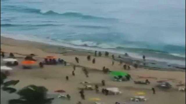 Impresionante: Tromba marina afecta a playas de Brasil