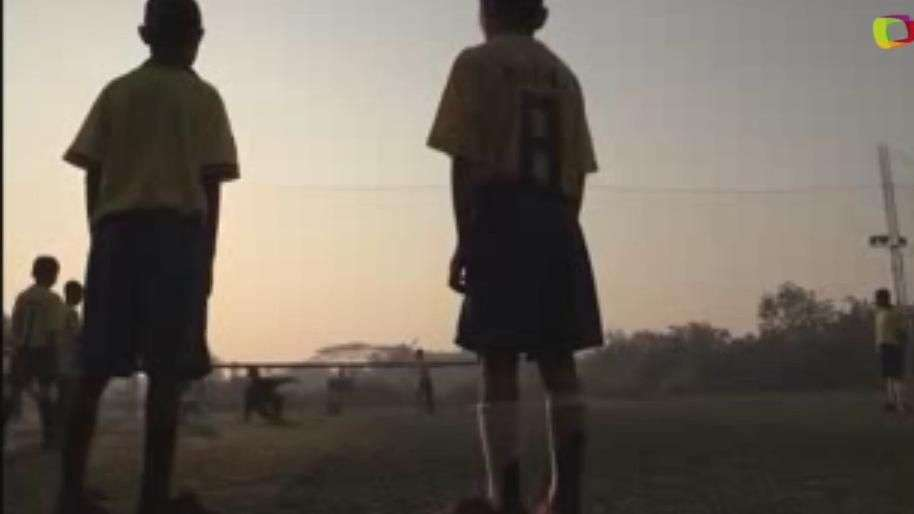 El fútbol, esperanza para jóvenes refugiados birmanos