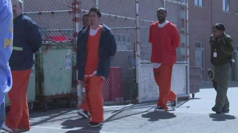 Condones gratis para presos en California