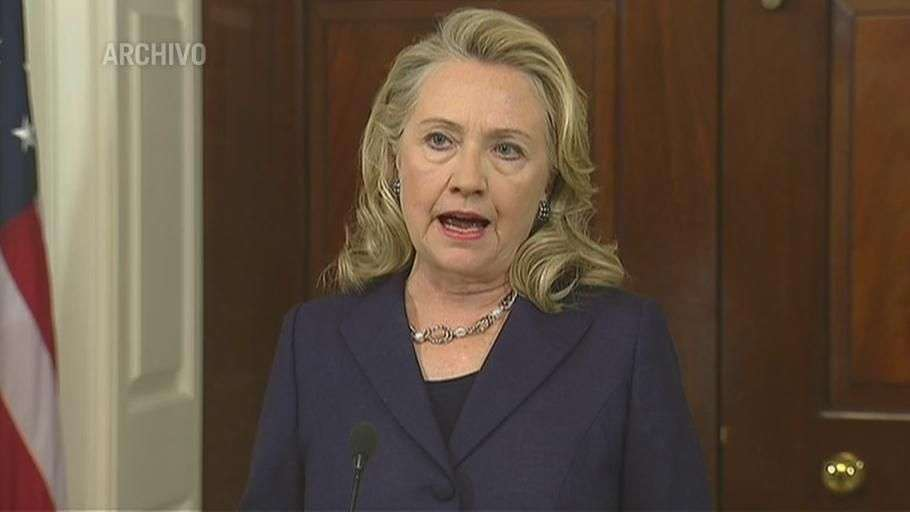 Hillary Clinton pide publicar sus e-mails