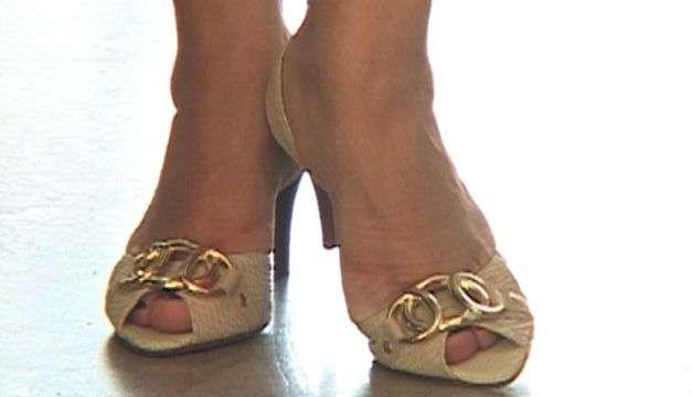 Qué zapatos debes usar si tienes los pies anchos y de empeine alto