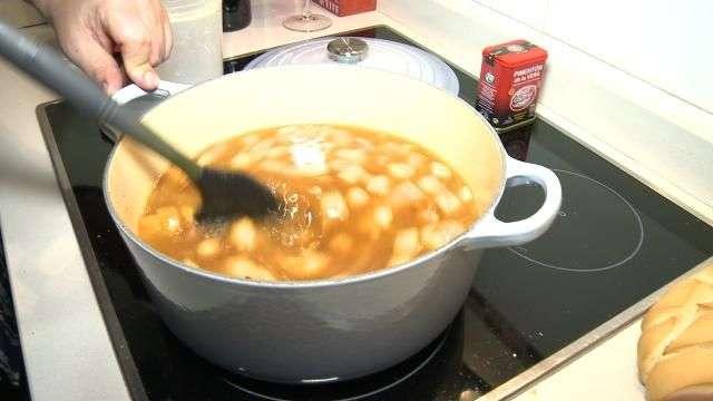 Alfonso prepara un menú 'de rechupete' Sopa de Ajos