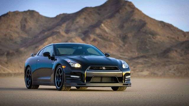 Video: Nissan GT-R Track Edition