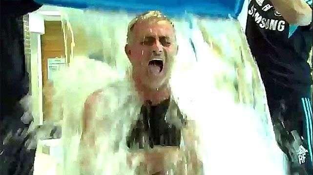 Mourinho se baña con agua helada a pedido de Didier Drogba