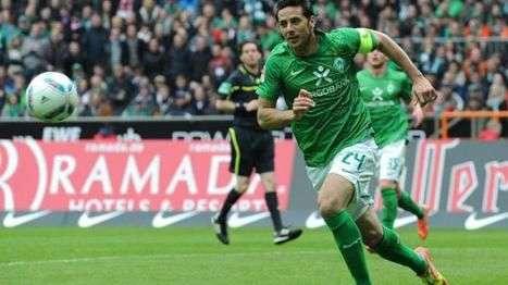 El primer gol de Claudio Pizarro en Alemania lo hizo con la camiseta del Werder Bremen