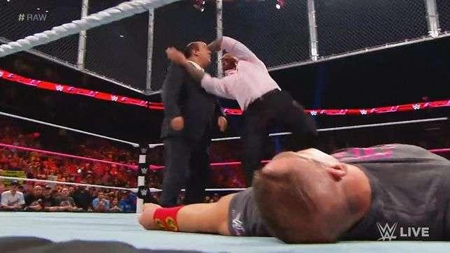 RAW: Paul Heyman se mete donde no le llaman y Orton no perdona