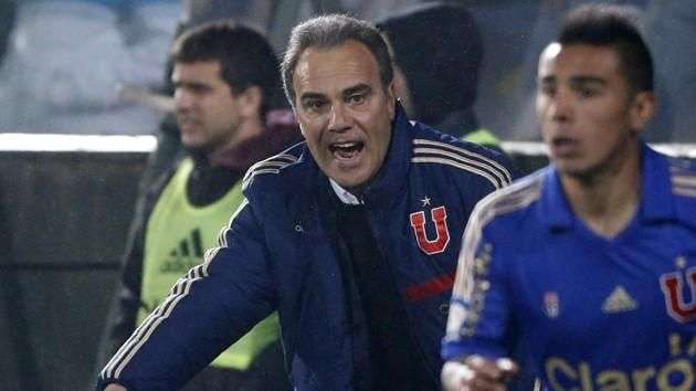 @BologSotomayor: ¿Qué pasa con  Martín Lasarte?
