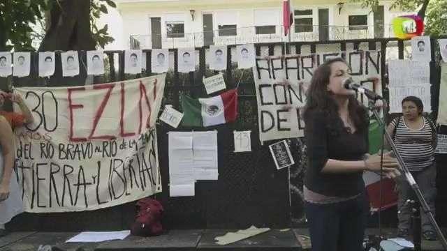 Argentina se manifiesta por estudiantes secuestrados en México
