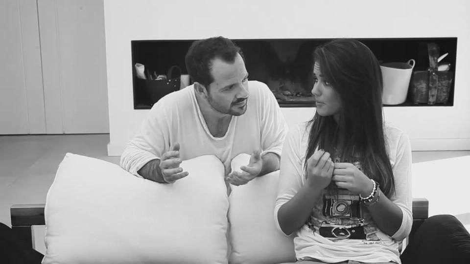 Ángel Martín y Lara Álvarez: Chimenea