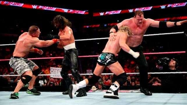 RAW: el caos estalla en el evento principal entre Cena y Rollins