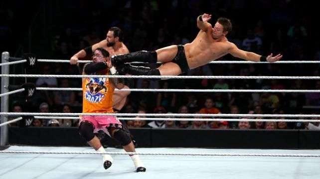 WWE Main Event: Los Usos repiten victoria sobre The Miz y su doble