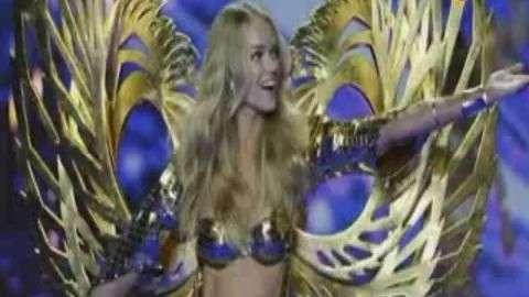 Los 'ángeles' de Victoria's Secret extienden sus alas en Londres