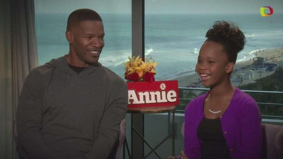 Jamie Foxx y Quvenzhané Wallis le ponen ritmo a 'Annie'