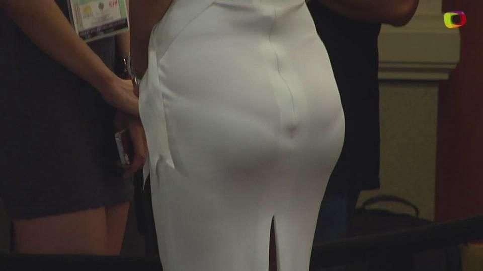Miss Universo 2015: Miss deja ver su ropa interior ¿descuido?
