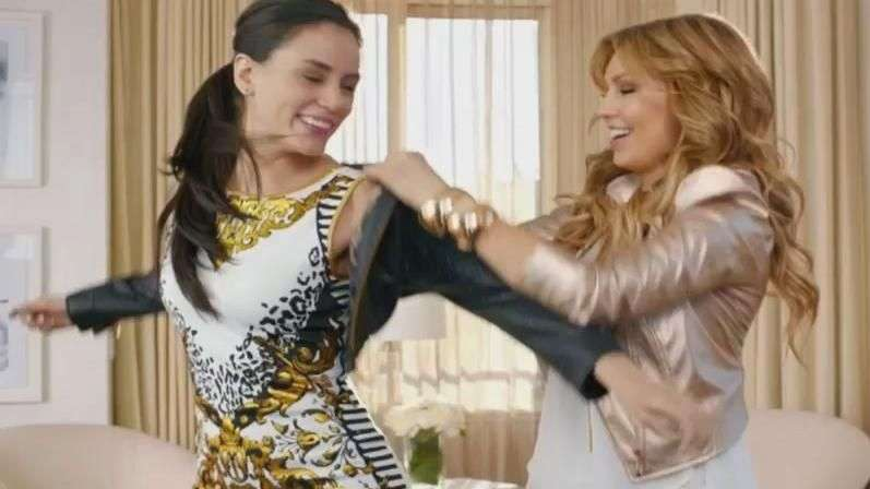 Thalia Sodi lanza comercial de su exclusiva línea de ropa