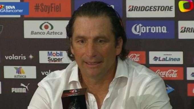 Juan Antonio Pizzi no encuentra explicación a derrota del León ante Atlas