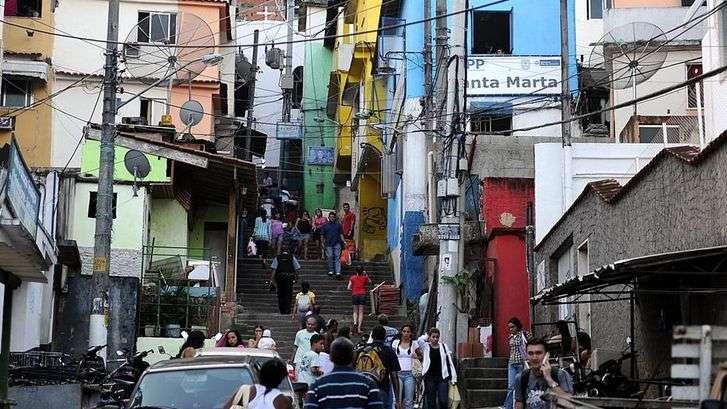 Turismo cuchitril: Viaje por la pobreza de Brasil y Bombay