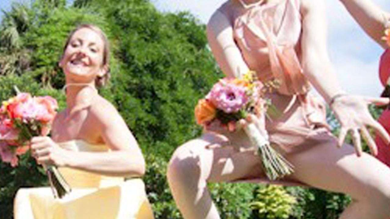 Fotos familiares incómodas: 18 fotos de damas de honor