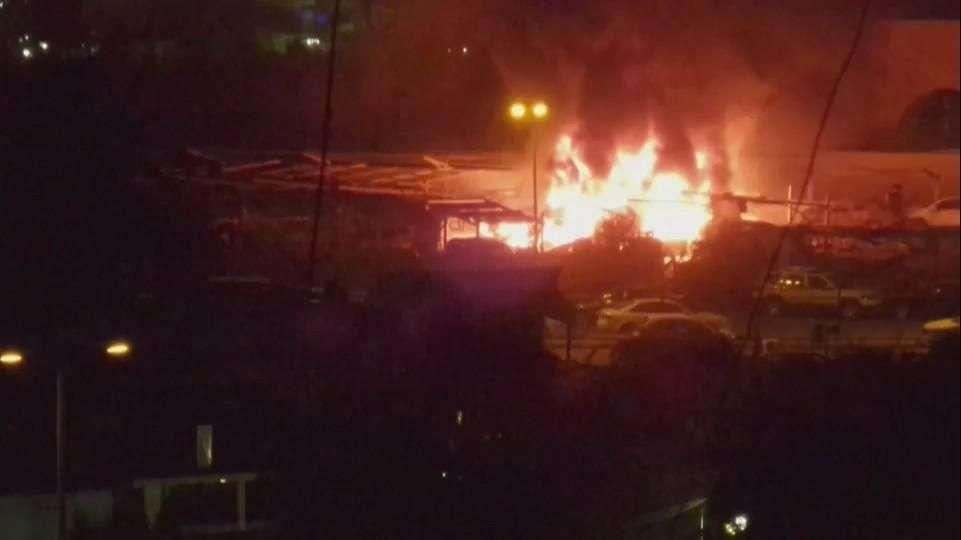 Dos coche-bomba matan a 15 personas en Bagdad
