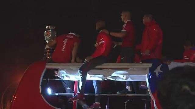 Así fue la salida de Chile desde el estadio tras su triunfo